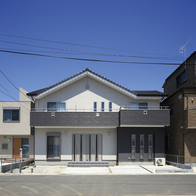 各世帯の独立性を尊重できる完全独立型の二世帯住宅